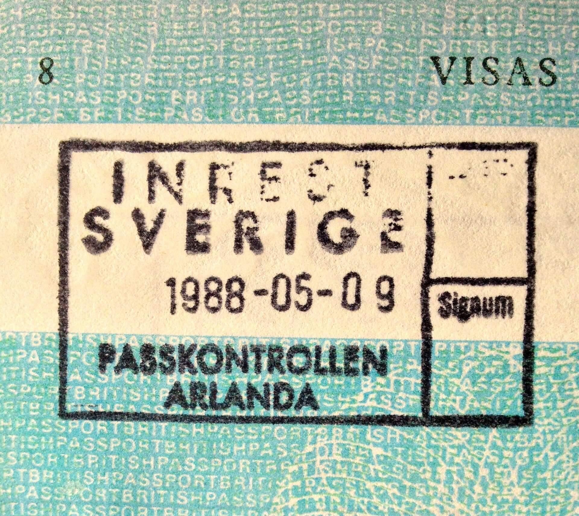 residence status uk citizen sweden living